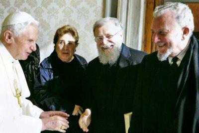 Benoît XVI, Kiko, Carmen, Mario